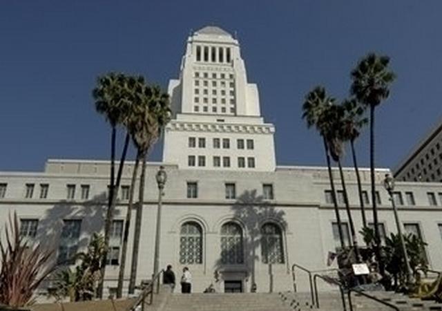 Viviendas accesibles e indigencia, desafíos para L.A. este año