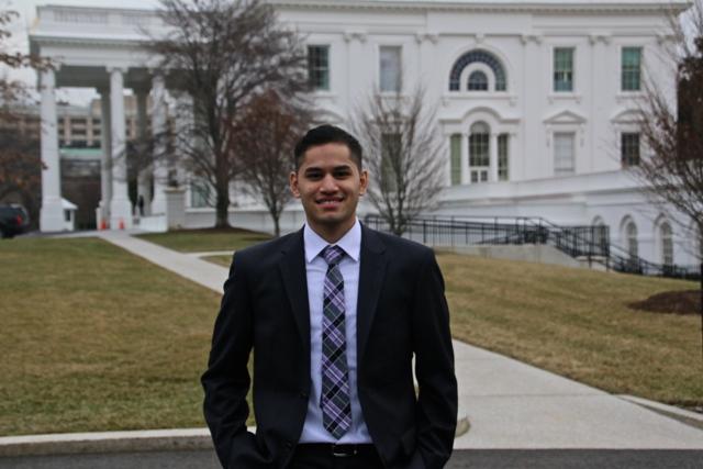 Estudiante del Bronx pide al Congreso apoyar universidad gratuita