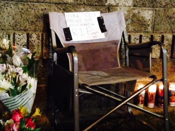 Abel Flores Castellanos, de 76 años, había sido el guardia de cruce escolar en el área por 10 años. Solía sentarse en la silla desplegada.