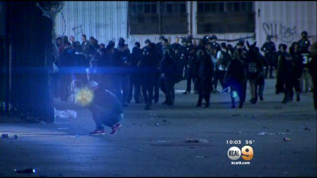 Policía confunde reunión por fiesta en el río de LA
