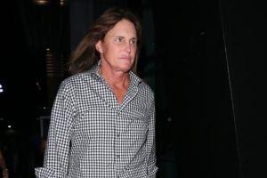 Madre de Bruce Jenner confirma que él está transformándose en mujer