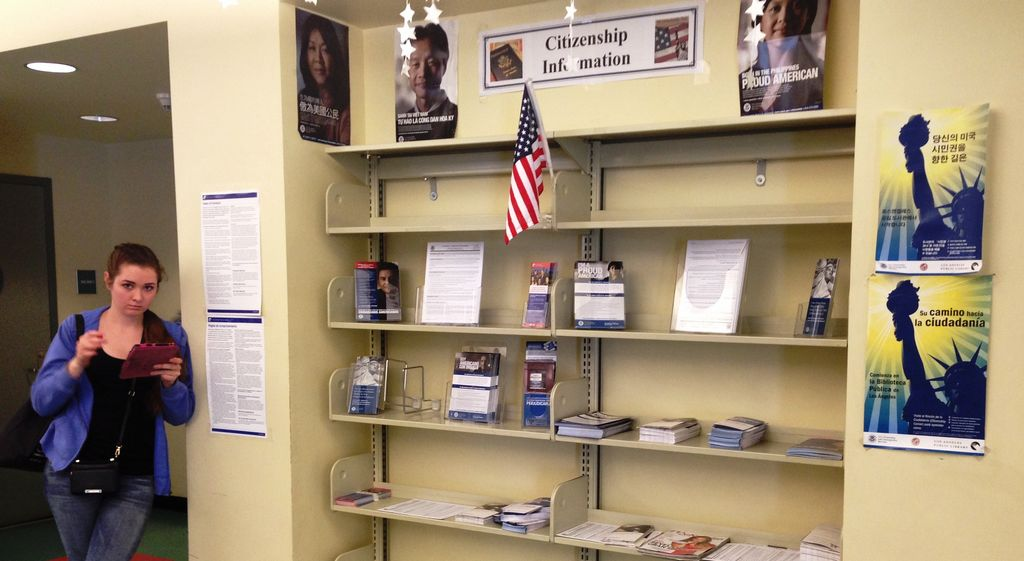 Personas interesadas pueden ir a cualquier biblioteca pública de LA a informarse sobre DAPA.