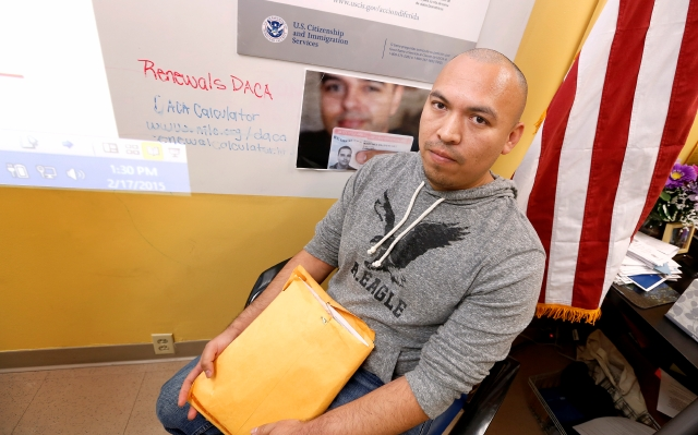 Inmigrante no renuncia: DACA o DAPA, lo que llegue primero