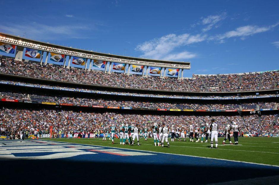Chargers y Raiders planean compartir un nuevo estadio en Carson