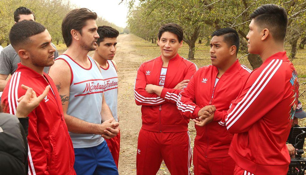 """Juanes se identifica con los inmigrantes de """"McFarland USA"""""""