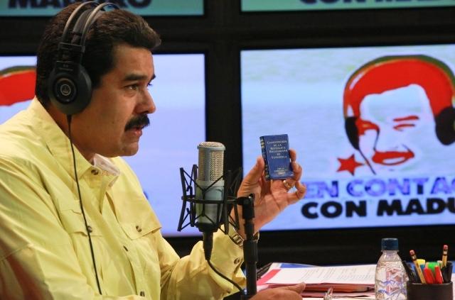 """Maduro dice que no aceptará """"ni una ofensa más"""" por parte de EEUU"""