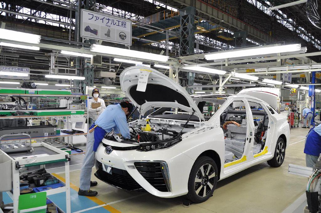Toyota muestra cómo produce el nuevo Mirai