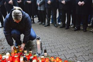República Checa intenta explicar ataque restaurante