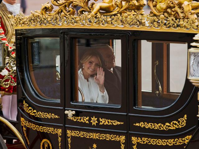 Angélica Rivera se codea con la realeza británica