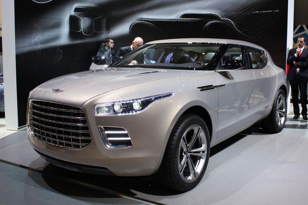 Aston Martin busca incrementar sus ventas sin perder exclusividad.