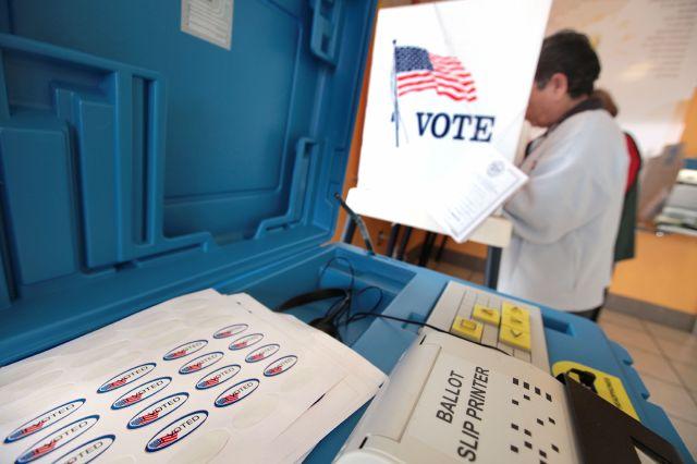 Tres de los funcionarios que pretenden reelegirse no lograron obtener más del 50% de los sufragios.