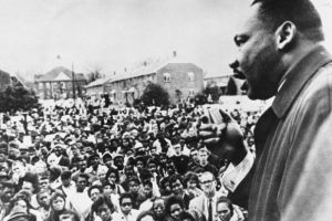 Muere la mujer que apuñaló a Martin Luther King en 1958