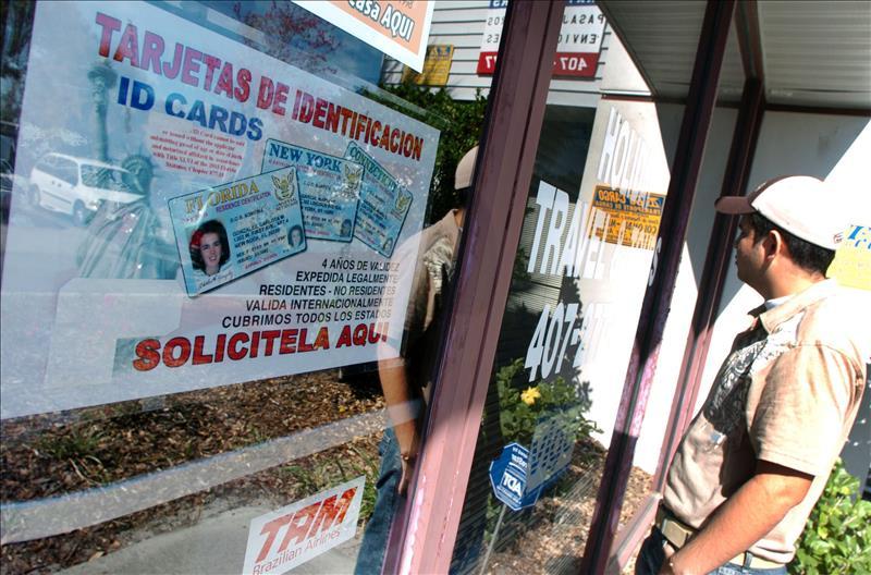 San Diego combatirá alza en robo de identidad que acecha a californianos