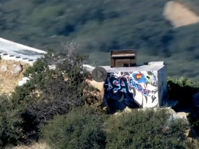 Video: ¿Cómo llegó este piano a la cima de la montaña?