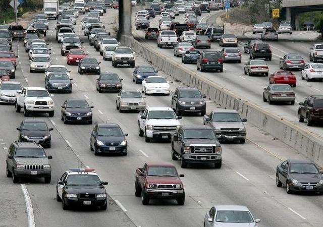 Llega el vicepresidente a LA y trae alertas de tránsito