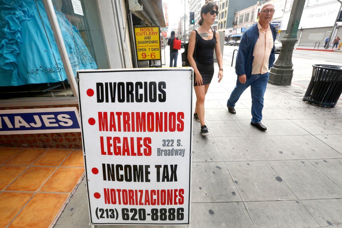 En California, el proceso de divorcio es un poco menos complicado que en otros estados.