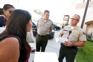 Angelinos rechazan plan de colaboración del Sheriff con la 'Migra'