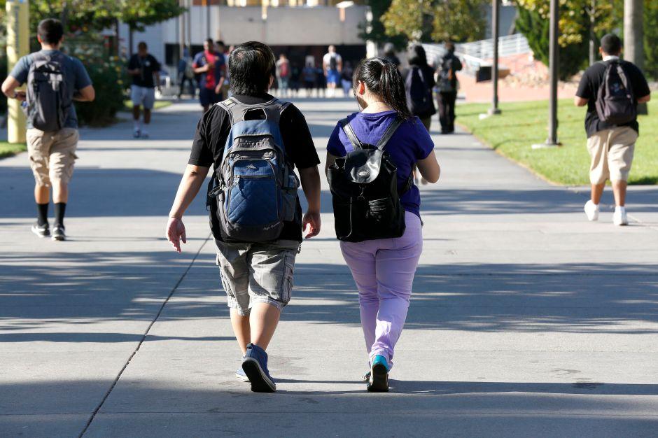 Facilitan el camino a la Universidad en Los Ángeles