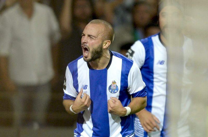 El Oporto se lleva el clásico con gol de último minuto (VIDEO)