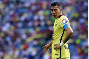 """""""Ya es un jugador de edad avanzada"""": Miguel Herrera se metió con los años de Rubens Sambueza"""