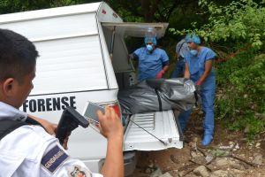 """Forenses en México: """"ya no caben los cadáveres"""""""