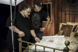 ¡Puro miedo! Guillermo del Toro te asusta 'en vivo' en Halloween Horror Nights