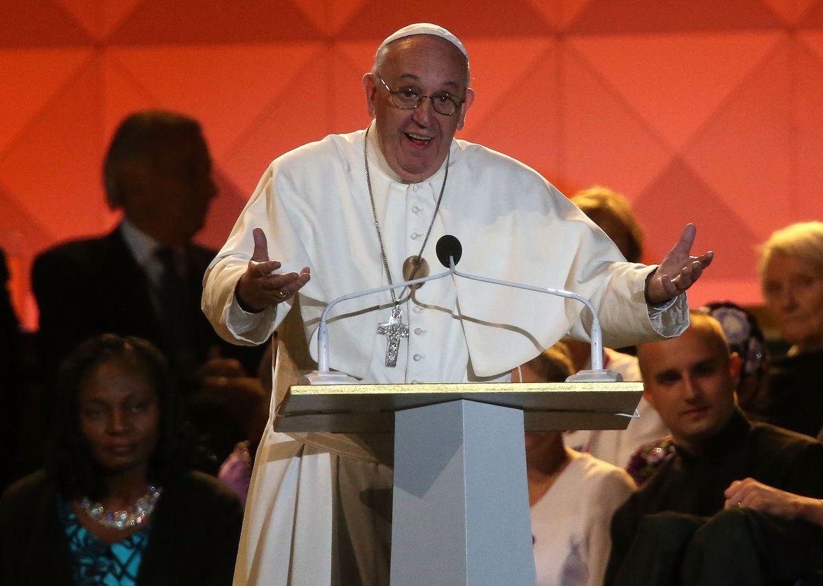 El Papa se dirige a los asistentes al el Encuentro Internacional de Familias en Filadelfia.