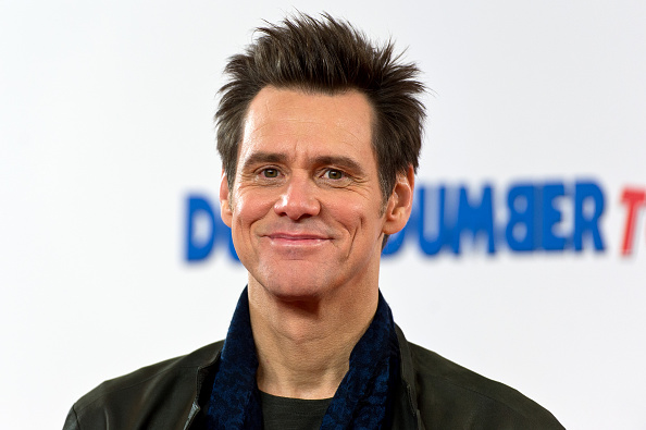 Jim Carrey sorprende con increíble aspecto en su regreso al cine