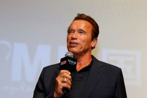 Arnold Schwarzenegger reemplazará a Donald Trump y éste reacciona