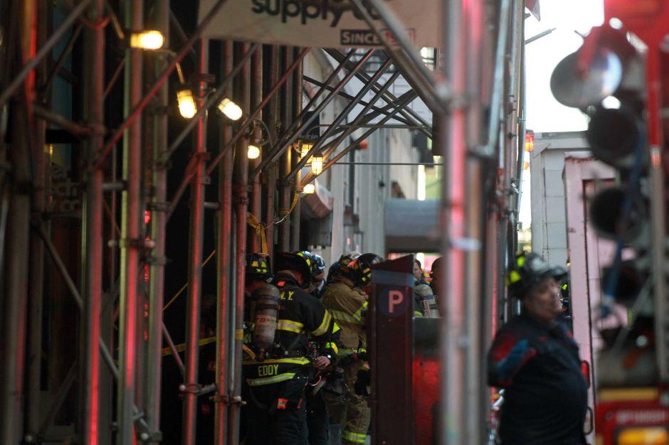 Hispanos viven en zonas de mayor riesgo de incendios caseros en EEUU