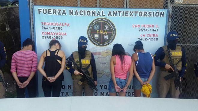 En lo que va de año, la Fuerza Nacional Antiextorsión de Honduras ha detenido a 158 menores relacionados con el delito de extorsión, de los que 45 son niñas.