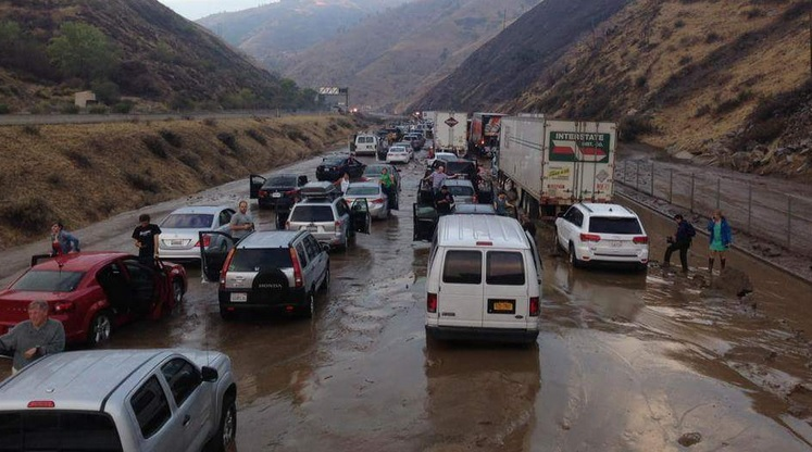 #BuenosDíasLA: Continúa cierre de Autopista 5