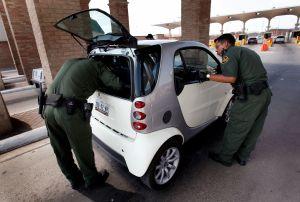 ¿Cómo puedo ingresar a Estados Unidos un auto que no tiene un certificado de conformidad?