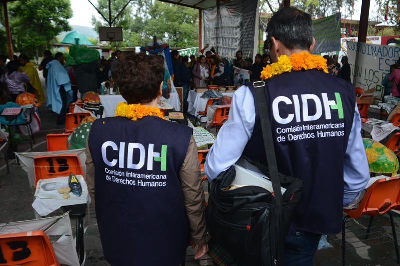 México acuerda trabajar con la CIDH en caso de Ayotzinapa
