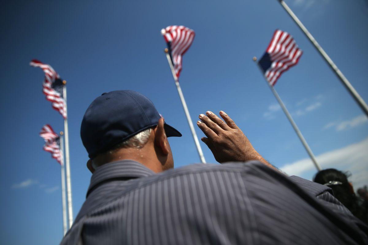 Cómo encontrar clases de ciudadanía o inglés para su naturalización