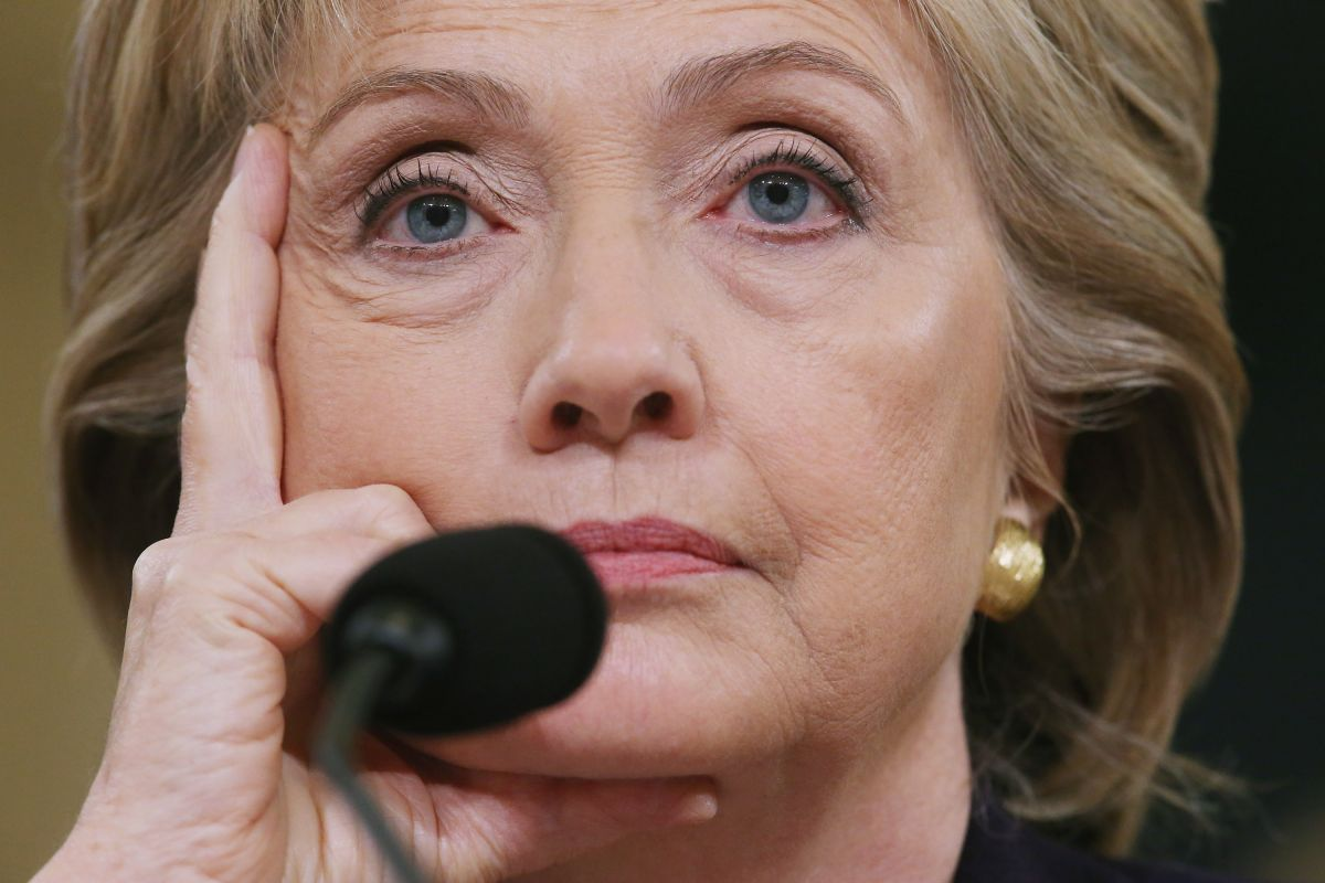 Por qué interrogan a Clinton en el Congreso