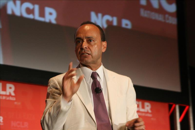 Congresista Gutiérrez pide a NBC que anule invitación a Trump para SNL