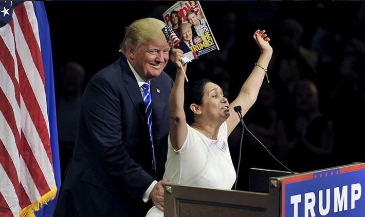 Trump insiste que hispanos lo favorecen, las encuestas lo niegan