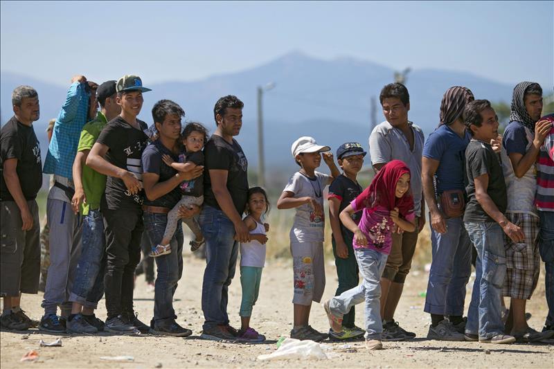 El Salvador recibirá US$65 millones para evitar migración de niños