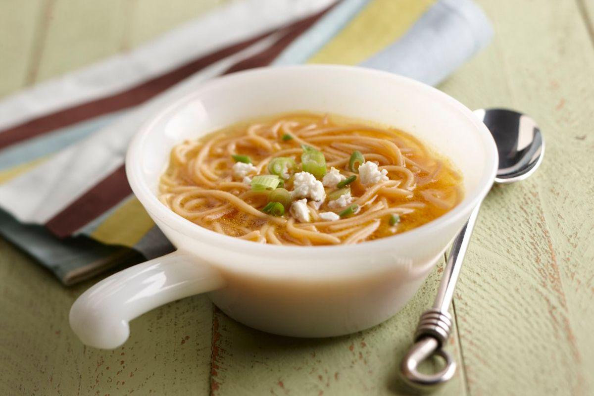 """""""Comida reconfortante"""": por qué hay alimentos que nos hacen sentir bien y cómo actúan en nuestro cerebro"""
