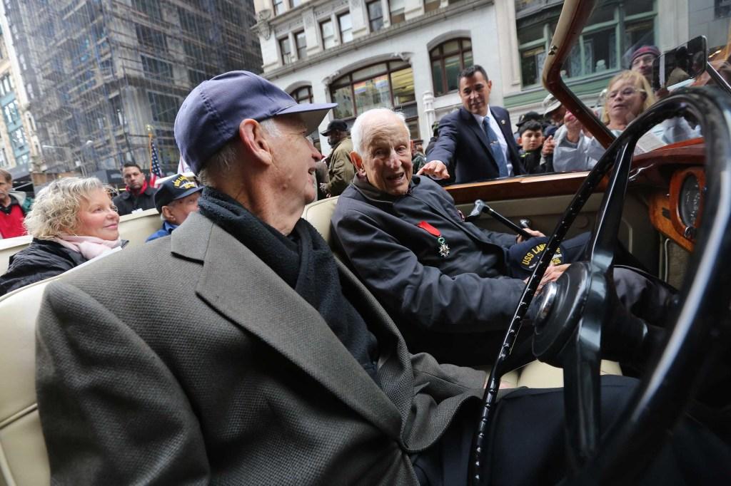 Robert M. Morgenthau, ex Fiscal de Manhattan fue el mariscal del desfile.   Mariela Lombard / El Diario.