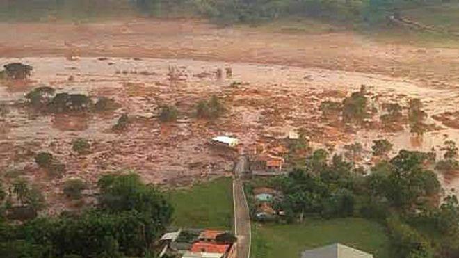 El dique que se rompió está ubicado a menos de 6 millas de la localidad de Mariana.