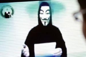 Advertencia de Anonymous a los millonarios que donaron dinero para Notre Dame