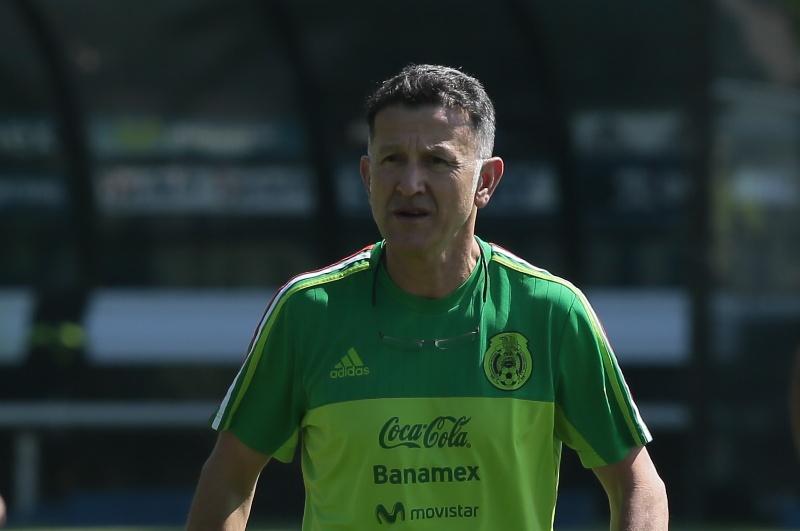 Osorio, el sexto foráneo dirigiendo al Tri en eliminatorias.