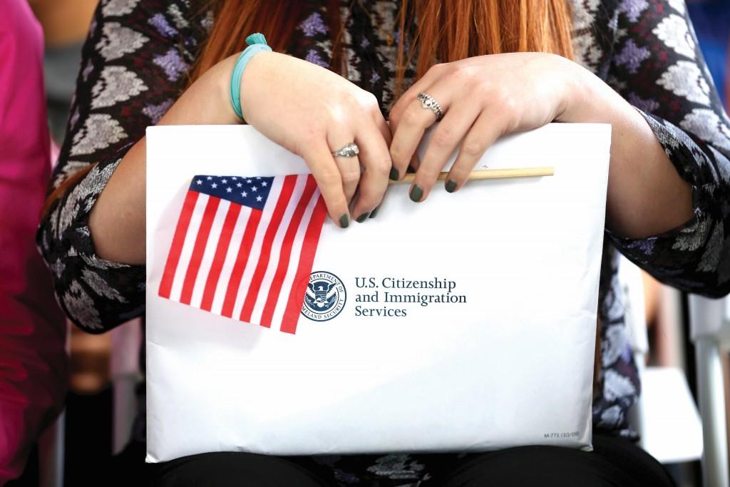 Estafadores amenazaban sus víctimas con deportarlas