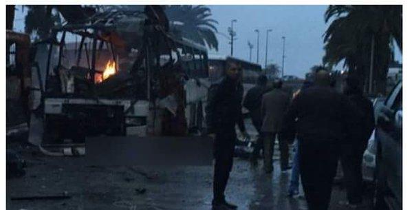 15 muertos al estallar autobús militar en Túnez
