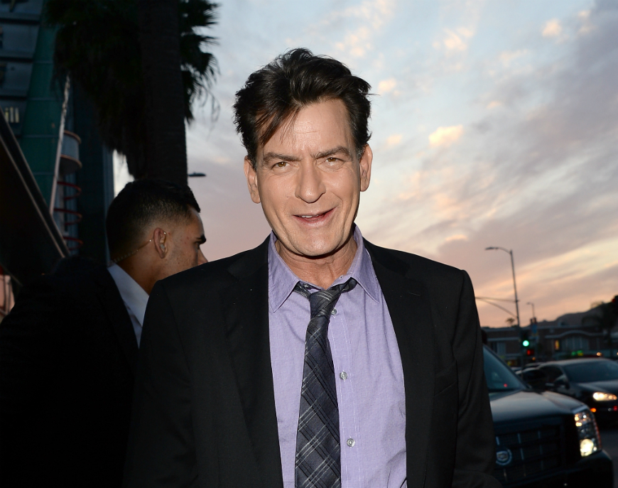 El actor de 50 años asegura que ha pagado millones de dólares para mantener el secreto.