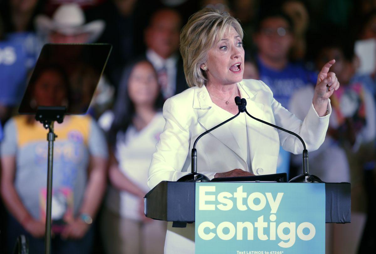 La candidata a la nominación demócrata, Hillary Clinton durante un evento con votantes hispanos en San Antonio, Texas.