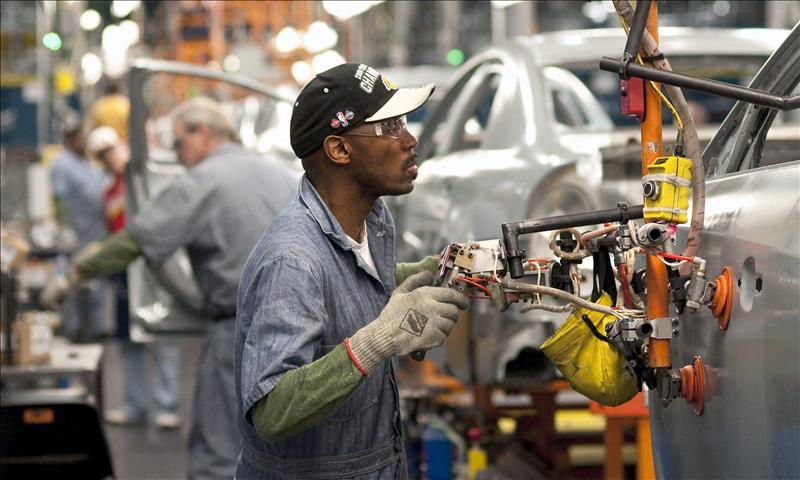 El mercado laboral respiró en junio