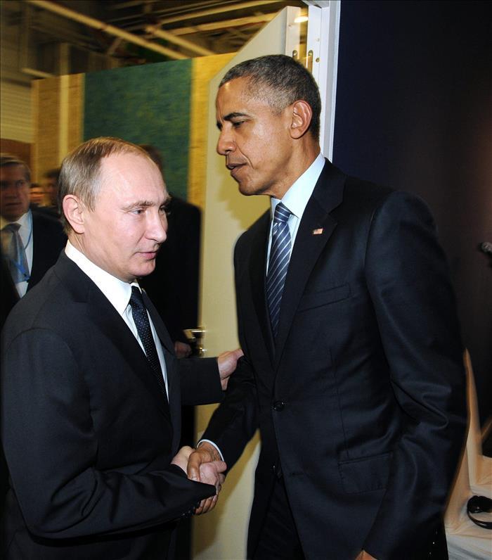 Putin y Obama se reúnen a puerta cerrada en París (VIDEO)